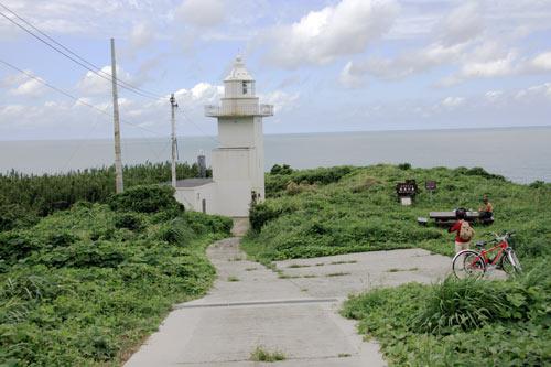 山口県おでかけ情報 山口県萩市見島 長尾の鼻(見島北灯台